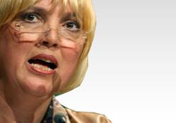 CLAUDIA ROTH: TÜRK LİBERALLER, CHP'DEKİ DEĞİŞİMİ GÖRMÜYOR