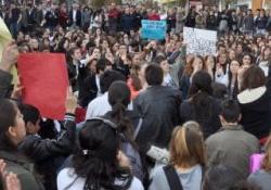 Avrupa Parlamentosu önünde Diyanet protestosu