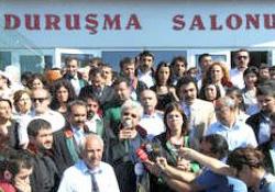 Ergenekon davası 8 Nisan'a ertelendi