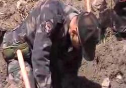 Teröristler çekilirken keskin nişancılar dağlara fidan dikti