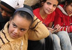Suriyeli muhalifler cami avlusuna terk edildi