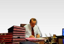 Başbakan'ın elindeki dosyalarda neler var