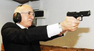 Silah ruhsatına vekil ricası