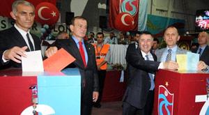 Trabzonspor'da kongre kavgası