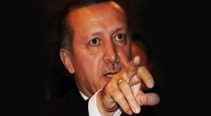 Erdoğan orta parmak gösterdi