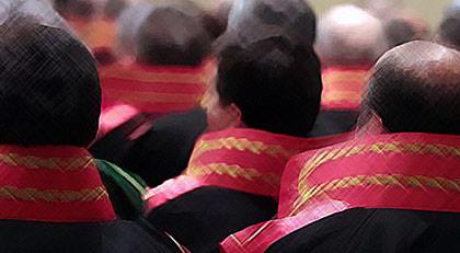 Hakim ve savcı maaşlarına KHK ile rekor zam