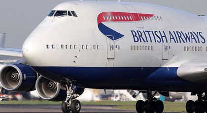 Uçaktaki valiziniz çiş kokuyor mu