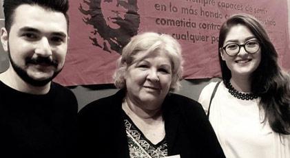 Guevara'nın kızına Atatürk Kitabı