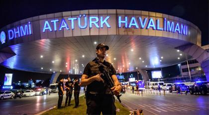 Atatürk Havalimanı saldırısında sıcak tahliyeler