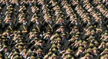"""Hangi komutana """"siyasi otorite seninle çalışmak istemiyor"""" dendi"""