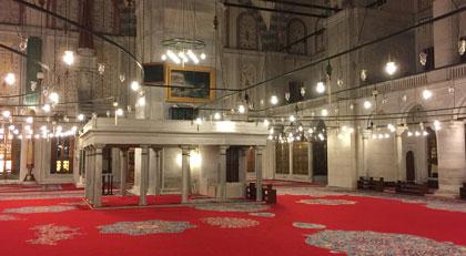 Kandil gecesi Fatih Camii'nden çok konuşulacak görüntü