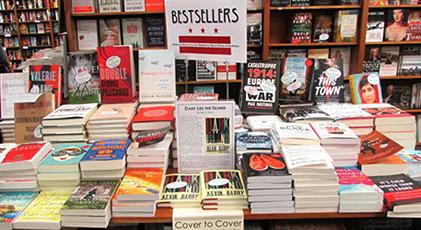 Türkiye'nin en çok okunan yazarı kim