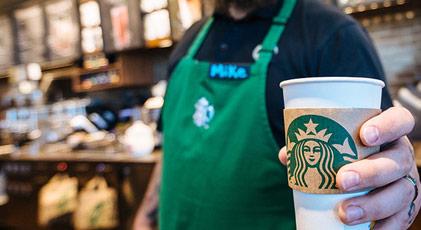 Starbucks'ta porno izlemek yasaklanıyor