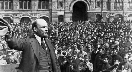 Lenin gömülsün mü gömülmesin mi
