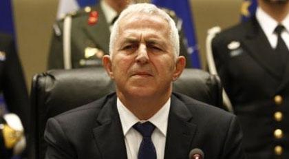 Yunanistan'ın Yeni Savunma Bakanı Türkiye'yi tehdit mi etti