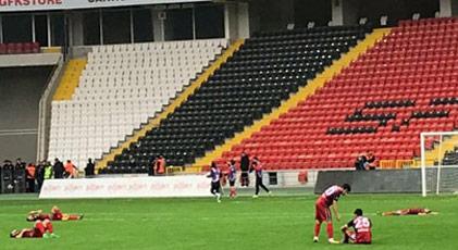 Herkes Başakşehir'i konuşurken Türkiye'nin efsane kulübü ligden çekildi