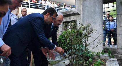 İmamoğlu Kılıçdaroğlu'nun akrabasının mezarını ziyaret etti