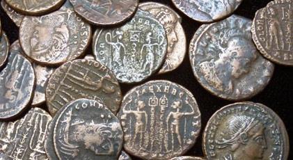 Eski Yahudi evinde paha biçilmez hazine