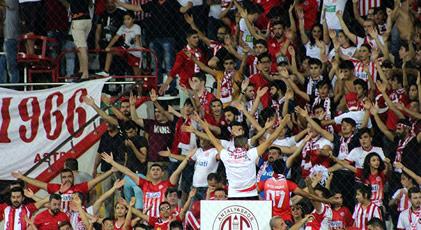 Antalyaspor'dan Emine Bulut kararı