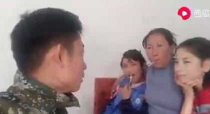 """Çinli görevliler """"Kızların bu gece koynuma girecek değil mi"""" diyor mu"""