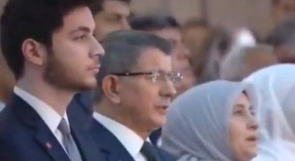 İstiklal Marşı'nı okumayınca Reisçiler böyle ayağa kalktı