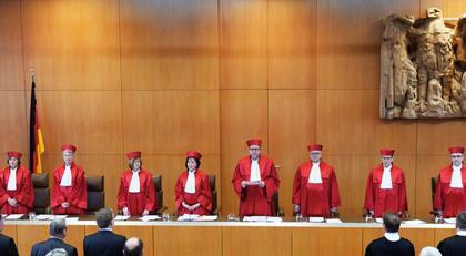 Avukatlara türban yasağı kararı