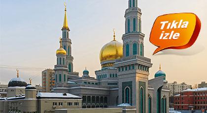 Erdoğan ve Putin'in açılışını yaptığı camide Cuma Namazı nasıl kılındı