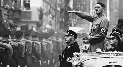 """""""Hitler Berlin'i feda etmeye hazırdı"""""""