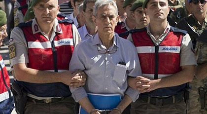 Emir subayına hapis cezası