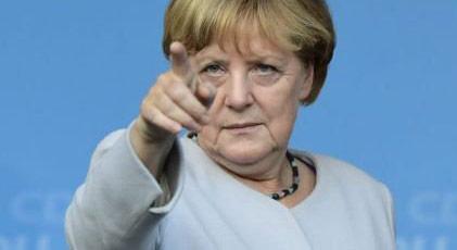 Ve Merkel Doğu Akdeniz'de safını seçti
