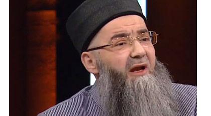 Cübbeli Ahmet Emniyet'e götürüldü