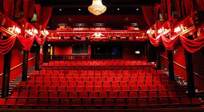 Özel tiyatrolara sevindiren haber