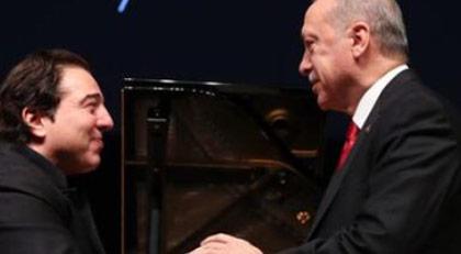 """""""Erdoğan o parçaları bile ayakta alkışladı"""""""