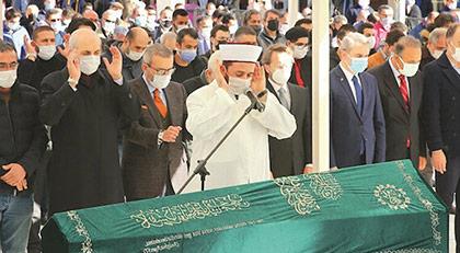 Ahmet Kekeç'in cenazesinde Kılıçdaroğlu'nun çelengi nasıl karşılandı