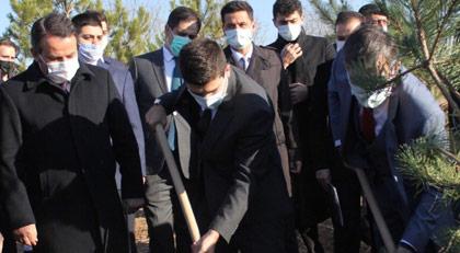 Ülkücüler PKK'nın yaktığı ormanda