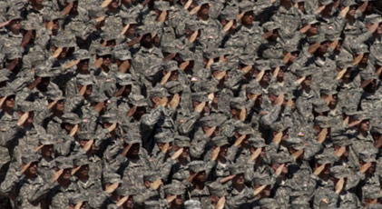 """Generallerden """"darbe yapmayacağız"""" bildirisi"""