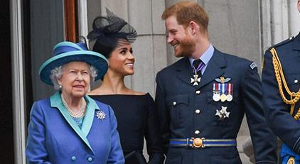 Kraliçe Elizabeth'den 'zeytin dalı'