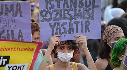 İstanbul Sözleşmesi'nden çıkılmasına tepki yağdı