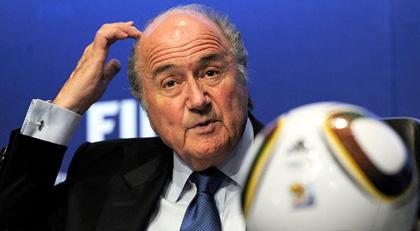 Eski FIFA Başkanı men edildi