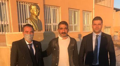Güneydoğu'daki Atatürk büstlerini kim onarıyor