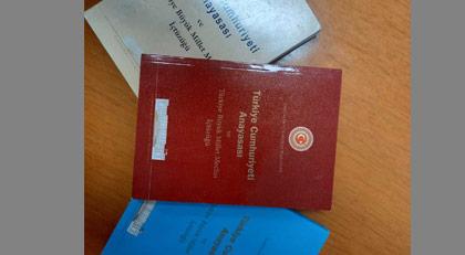 AKP'nin masasında bu anayasa var