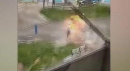 Rusya'da bomba elinde patladı