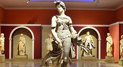 Arkeoloji Müzesi'nin eserleri tehdit altında