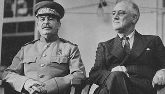 Soğuk Savaş yıllarının iki büyük gücü ABD ve Sovyet Rusya