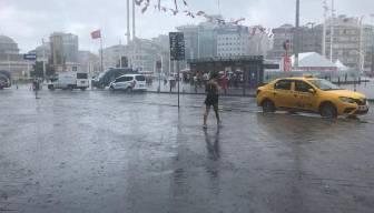 Bir anda bastırdı... İstanbul'da etkili oldu