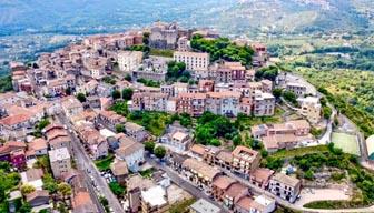Ortaçağ kasabasında evler 10 lira