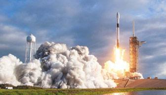 Milyarderlerin uzay yarışında neler oluyor... O şirkete uçuş yasağı