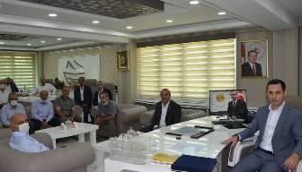 CHP'li vekil isyan etti: Kaymakamın fotoğrafında dikkat çeken detay