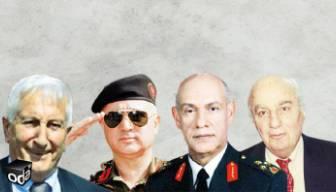 İdama gönderilen komutanların rütbeleri söküldü