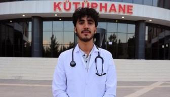 İnşaatında çalışıyordu, şimdi tıp öğrencisi